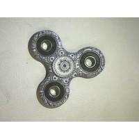 Hand Spinner Woodstock / Gris-Noir